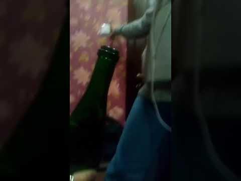 Секс бутылкой видео весьма