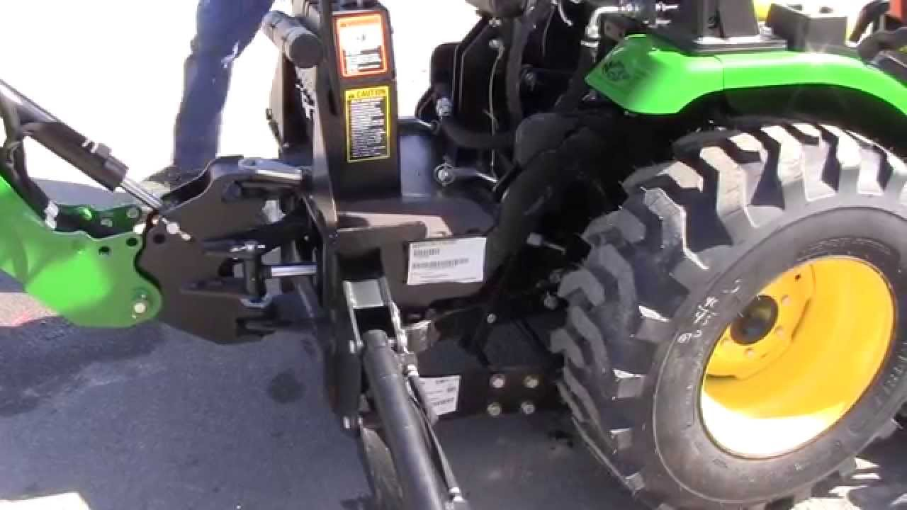 How To Attach A John Deere 270a Backhoe Youtube