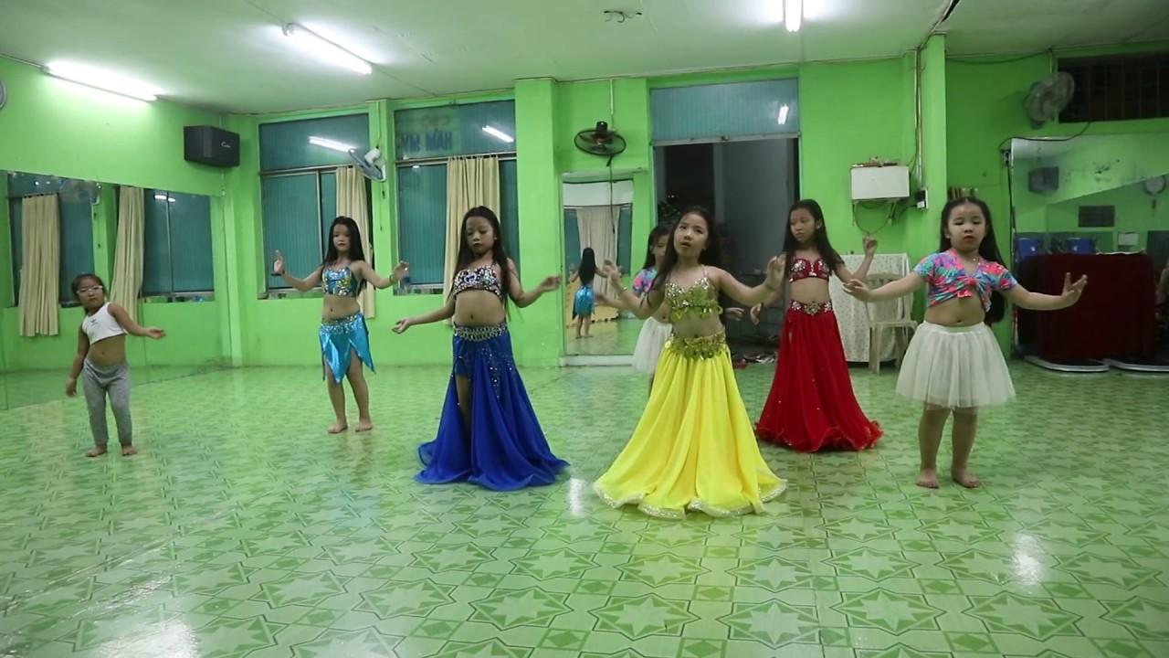 Trung tâm dạy múa bụng thiếu nhi tại Sài Gòn – Baladi Kusikian – Bellygirls Club