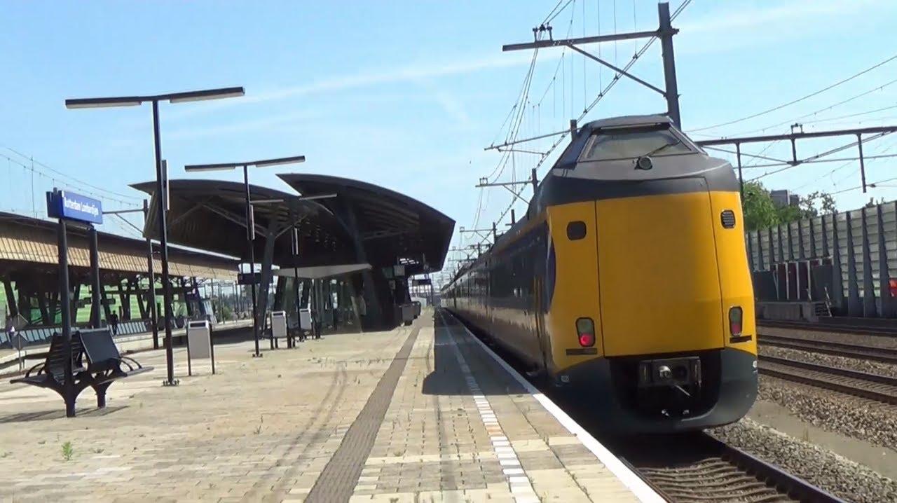 Treinen op station rotterdam lombardijen 6 6 2014 youtube for Lombardijen interieur rotterdam