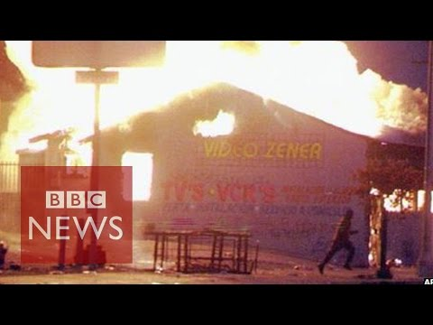How 1992 riots changed LA police - BBC News