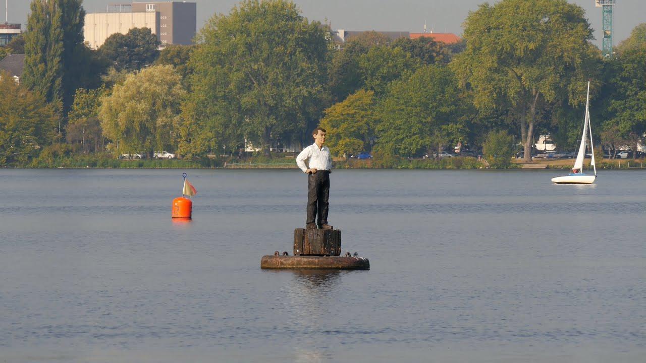 Hamburg Germany Au Enalster Mann Auf Dem Wasser Man On