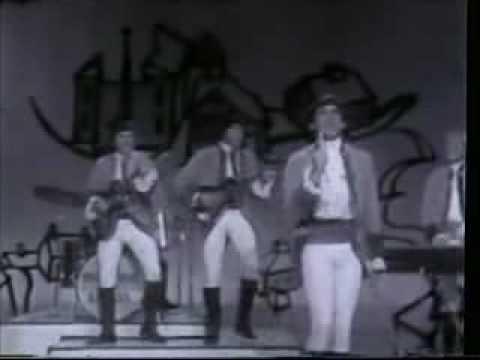 Paul Revere & The Raiders - Kicks (LIVE vocals)