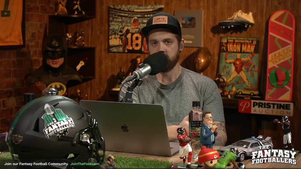 """Mike """"The Fantasy Hitman"""" Wright is LIVE answering Week 7 fantasy football start/sit questions!"""