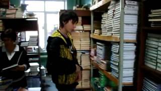 Как спиздить книжечку из библиотеки!