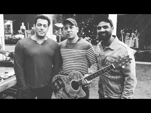 Salman Khan Poses With Ali Jacko (Singer) And Remo D'souza During Race 3 Set