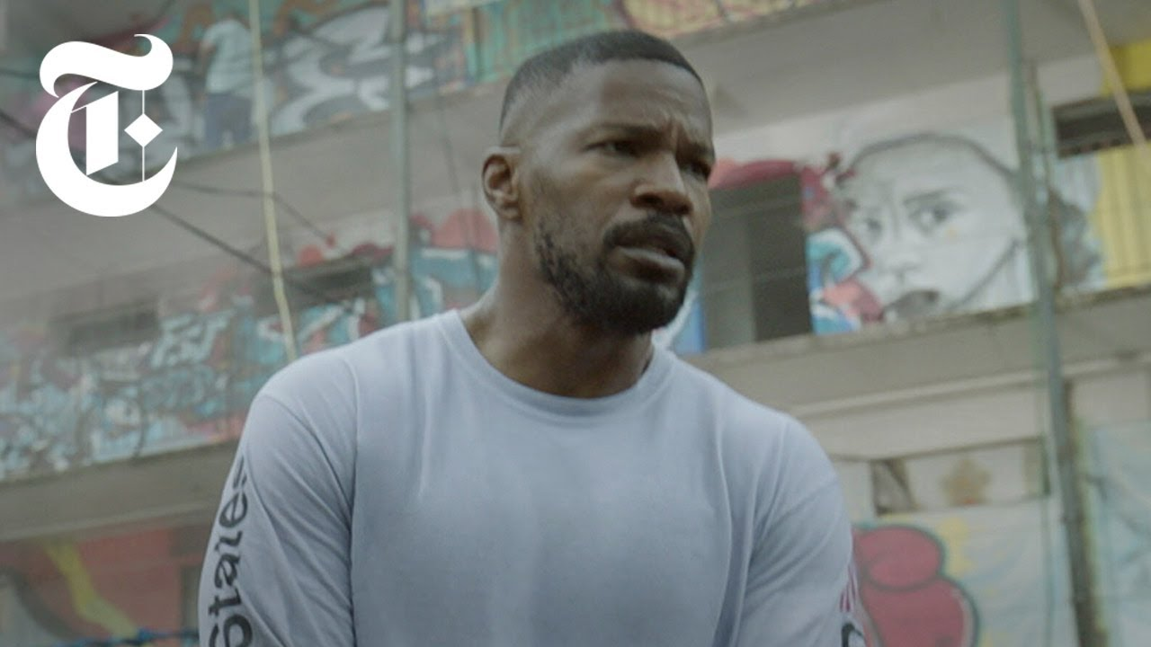 How Jamie Foxx Fights a Man on Fire in 'Project Power'