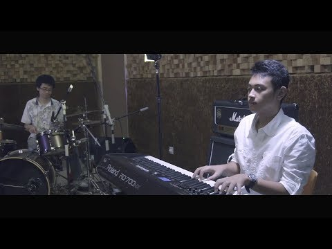 Kasyfi n Friends , Jazz Trio - Tokecang - Indonesia Folk Song