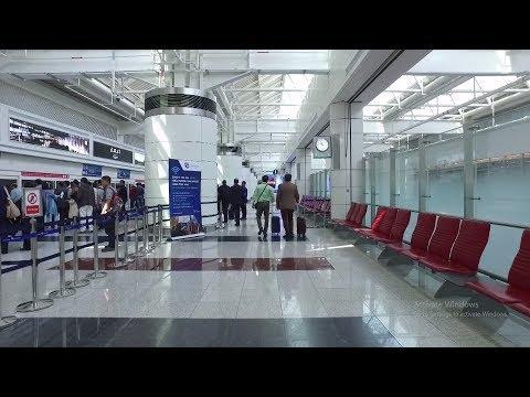 Dubai DXB Airport Terminal 1 Arrival 2017 (HD) Concourse D