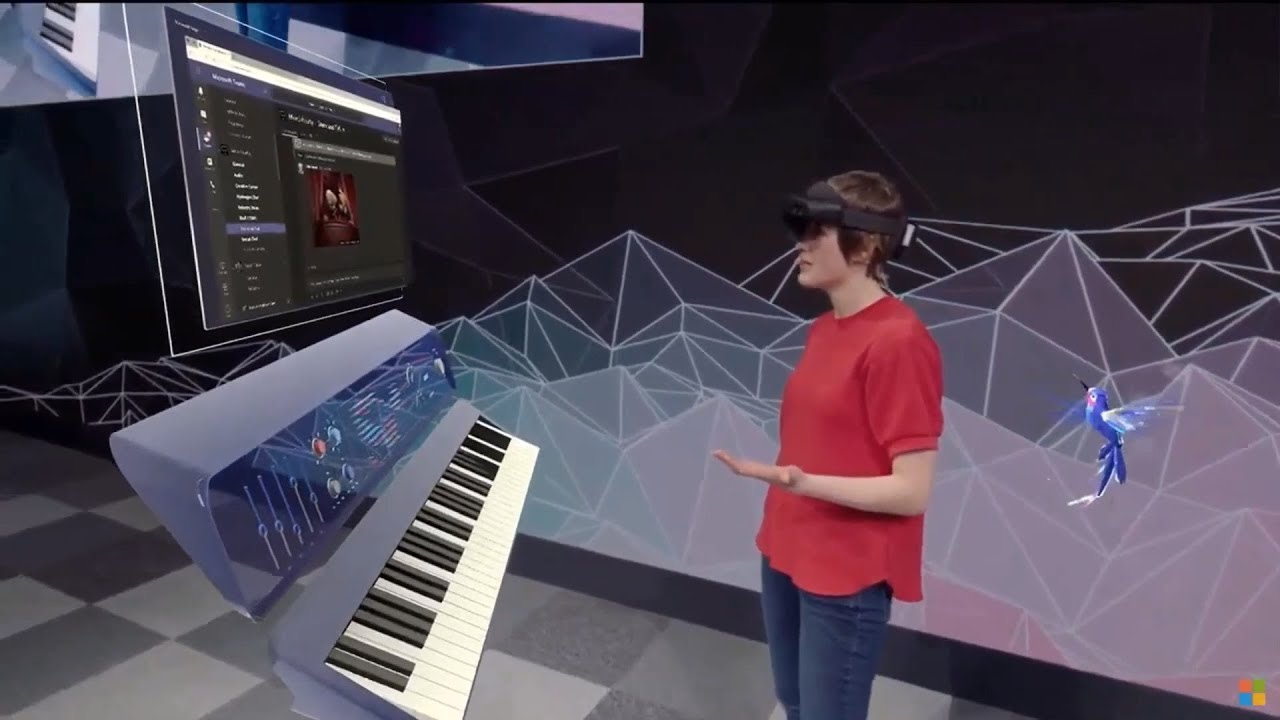 Microsoft HoloLens 2 : Demo onstage at MWC 2019
