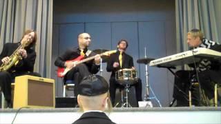 "Jewish wedding music band Shir Soul - ""Don't Get Around Much Anymore"""