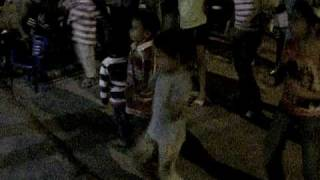 Cumpleaños de Mathías: Baile-con-hermanos-marciales