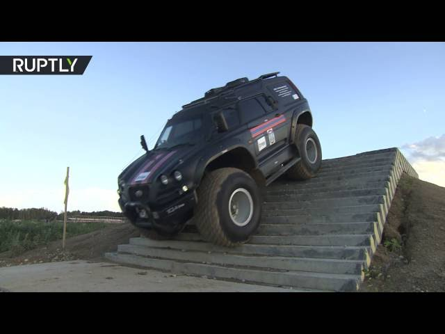 Viking ATV tears up Army-2016 expo: Nothing can stop this amphibious monster!