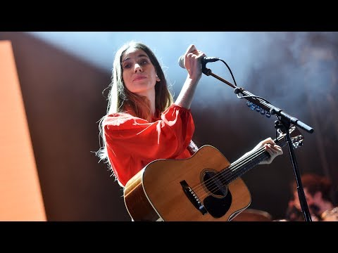 HAIM - Right Now (Radio 1's Big Weekend 2017)