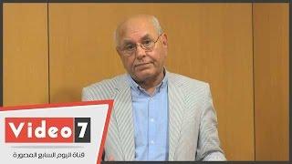 بالفيديو.. عميد الصحافة البحرينية: السيسى رجل دولة من الدرجة الأولى