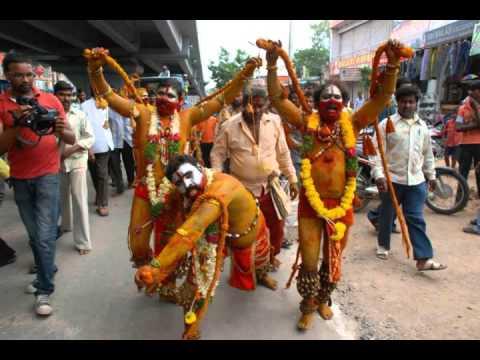 Telangana BONALU Song - Bombayi Podunani