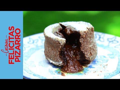 Volcán de Chocolate (Chocolate Lava Cake) | Felicitas Pizarro