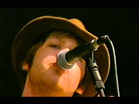 The Coral - Pass It On - T In The Park 2003