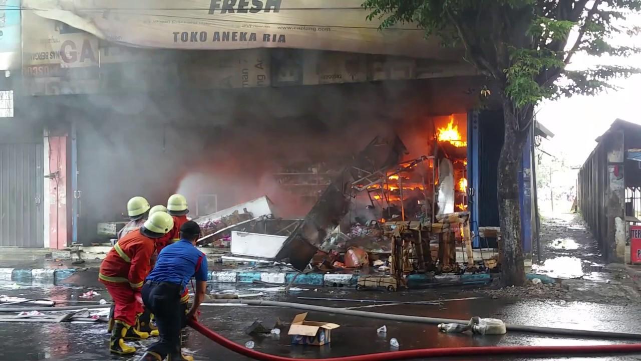 Detik Detik Kebakaran Pasar Wage Tulungagung Hari Ini