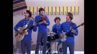 the monkees   what am i doing hangin round alternate vocal