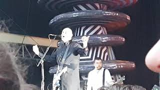 "Smashing Pumpkins ""The Aeroplane Flies High (Turns Left, Looks Right)"" Berlin Zitadelle 05.06.2019"