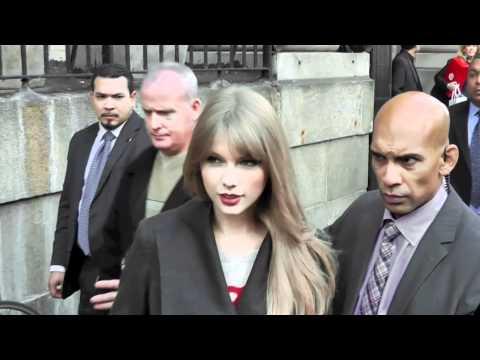 Taylor Swift Crushing on Tim Tebow? | Splash News TV | Splash News TV