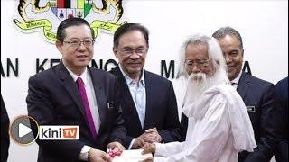 7 sasterawan negara terima elaun penghargaan bulanan RM5,000