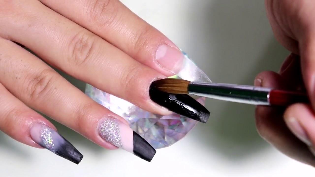Uñas Acrilicas Diseño Plata Con Negro Y Efecto Espejo