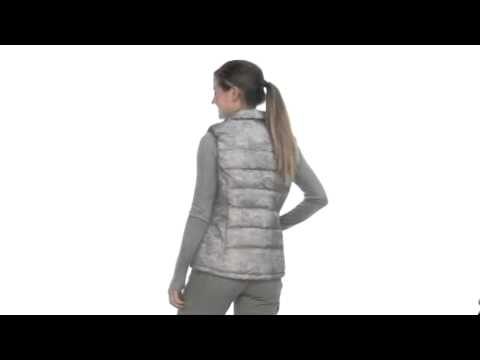 d3a2e61c8bc0 The North Face - Women s Novelty Nuptse Vest SKU  7949147 - YouTube