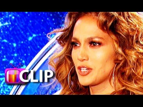 'American Idol': Jennifer Lopez Slaps Eager Contestant