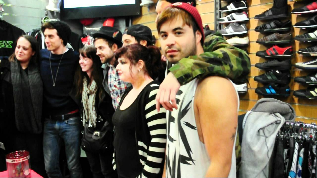 Young guns d dicace l 39 indien boutique youtube - L indien boutique paris ...
