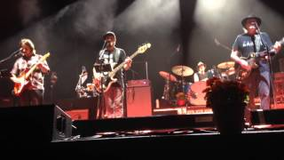 Neil Young - Vampire Blues (Encore) - Forum - Inglewood, CA - 10/14/15