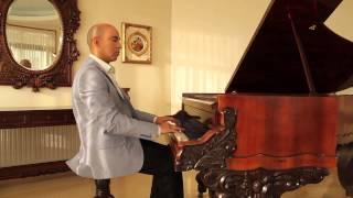 Menuet G minor (BWV Anhang. 115) Bach.  Juan Estay