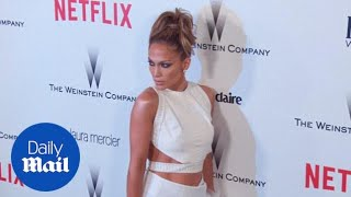 Jennifer Lopez shows off her midriff at after party - Daily Mail
