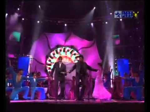 Kajra re Aishwarya Rai Abhishek Amitabh Bachchan Live-Imran Mobile 03134906565.flv