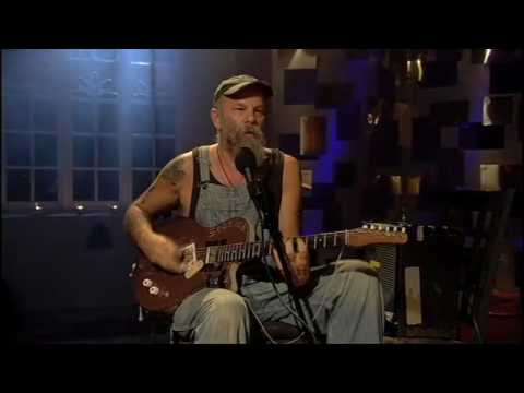 Seasick Steve - Hobo Low on YouTube