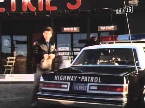 Alfred Hitchcock Presenta 1x01 Incidente en una Carcel Pequeña (1985-1988)