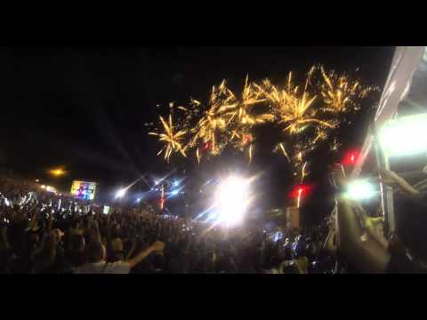 [HD] Avicii LIVE in Malaysia 2013 - We Love Asia 2013 - Closing - Wake Me Up