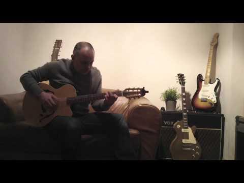 Glen Parish performs love songs