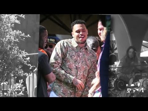 Chris Brown célèbre sa libération de prison