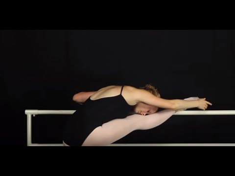 Maine State Ballet: Stretching on the Barre - YouTube