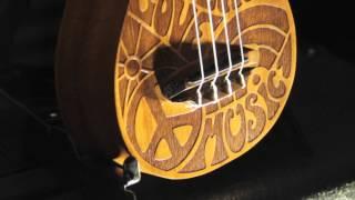 видео Магазин музыкальных инструментов «MusicBase