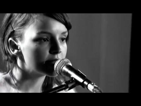 CHVRCHES - Do I Wanna Know?  - BBC Scotland - 2014