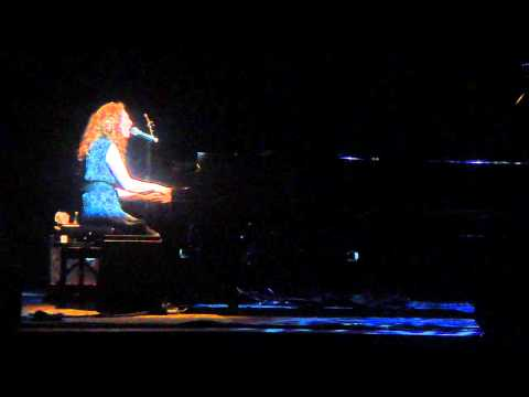 Man Of A Thousand Faces - Regina Spektor 07-10-2010