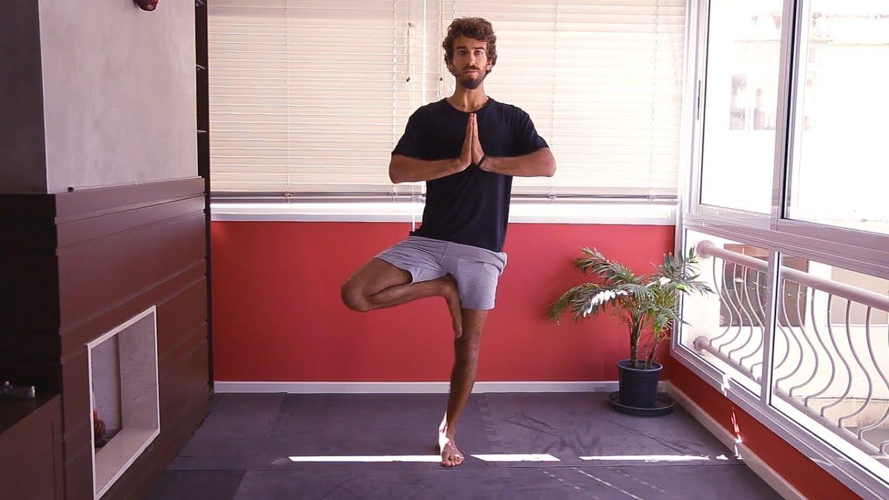 Prática de Yoga de 10 minutos focada no Equilíbrio | Carlo