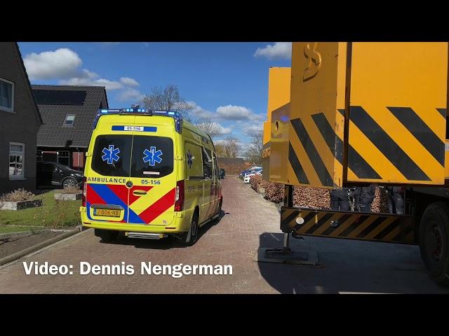 Ernstig ongeval op bouwplaats in Reutum; traumahelikopter ingezet