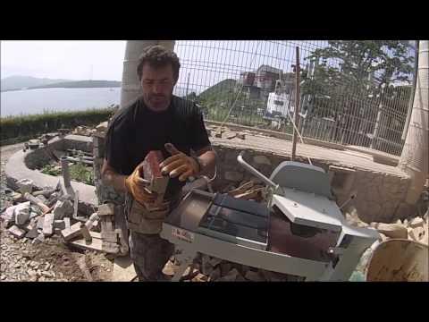 Станок для резки камня в помощь каменщику