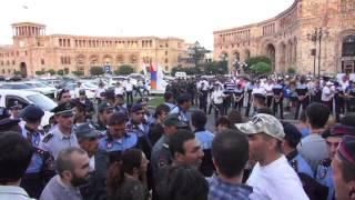 «Ոտքի՛, Հայաստան»-ը փակում է փողոցը
