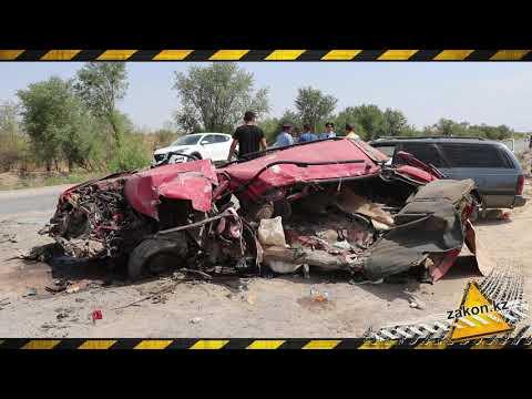 Пять человек погибли в ДТП на трассе Алматы - Бишкек