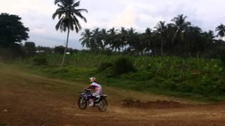 Bornok Mangosong Superman one hander seat grab
